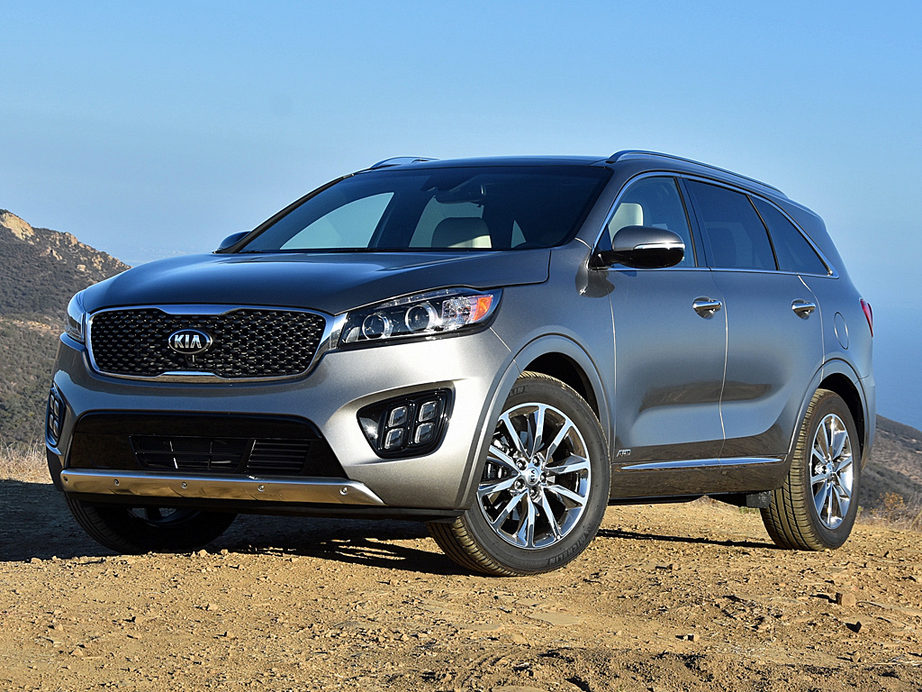 debuts at in with ford baiting paris style kia jaguar sorento prices