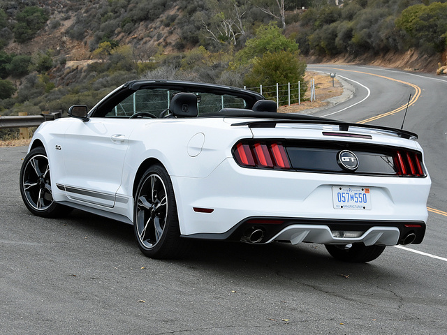 Picture of 2017 Ford Mustang, gallery_worthy