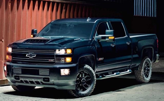 2017 Chevrolet Silverado 3500HD, Front-quarter view., exterior, manufacturer, gallery_worthy