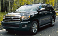 2017 Toyota Sequoia, Front-quarter view., exterior, manufacturer, gallery_worthy