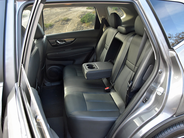 2017 Nissan Rogue Hybrid SL rear seat in Charcoal leather, gallery_worthy