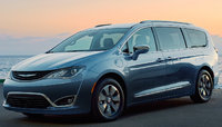 2017 Chrysler Pacifica Hybrid Overview