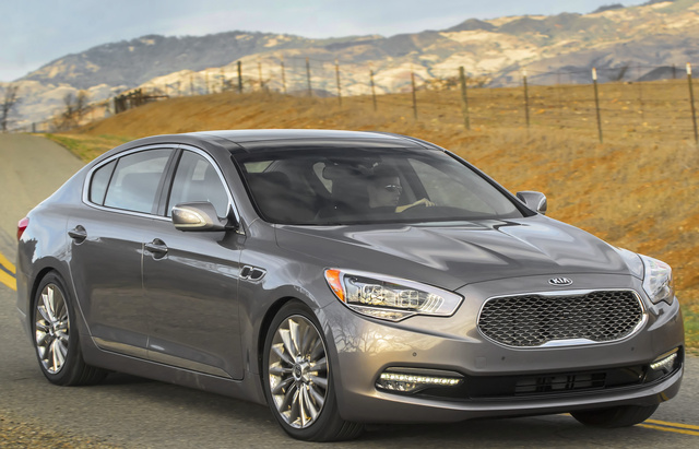 2017 Kia K900, Front-quarter view., exterior, manufacturer, gallery_worthy
