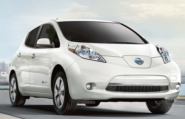 2017 Nissan Leaf, Front-quarter view., exterior, manufacturer, gallery_worthy