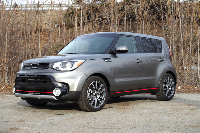 2017 kia soul overview cargurus. Black Bedroom Furniture Sets. Home Design Ideas