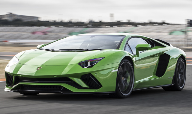 2017 Lamborghini Aventador Price Analysis