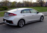 2017 Hyundai Ioniq rear View, gallery_worthy