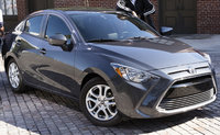 2017 Toyota Yaris iA Picture Gallery