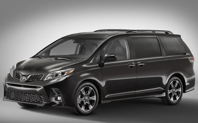 2018 Toyota Sienna, Front-quarter view., exterior, manufacturer