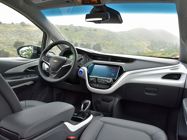 2017 Chevrolet Bolt EV dashboard, gallery_worthy