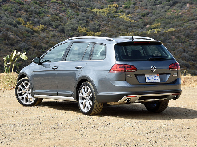 2017 volkswagen golf alltrack pictures cargurus. Black Bedroom Furniture Sets. Home Design Ideas