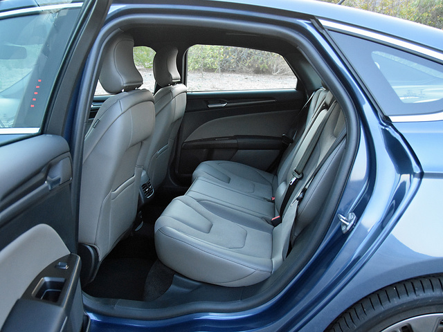 2018 Ford Fusion Sport back seat in Earth Gray, interior