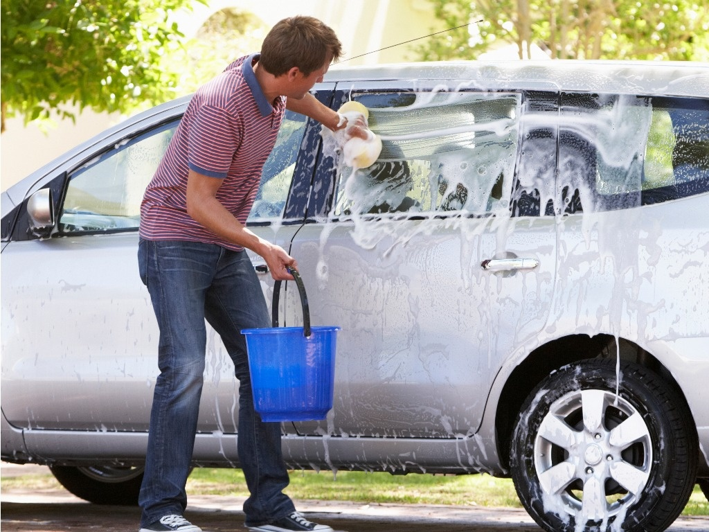 How to wash a car 21