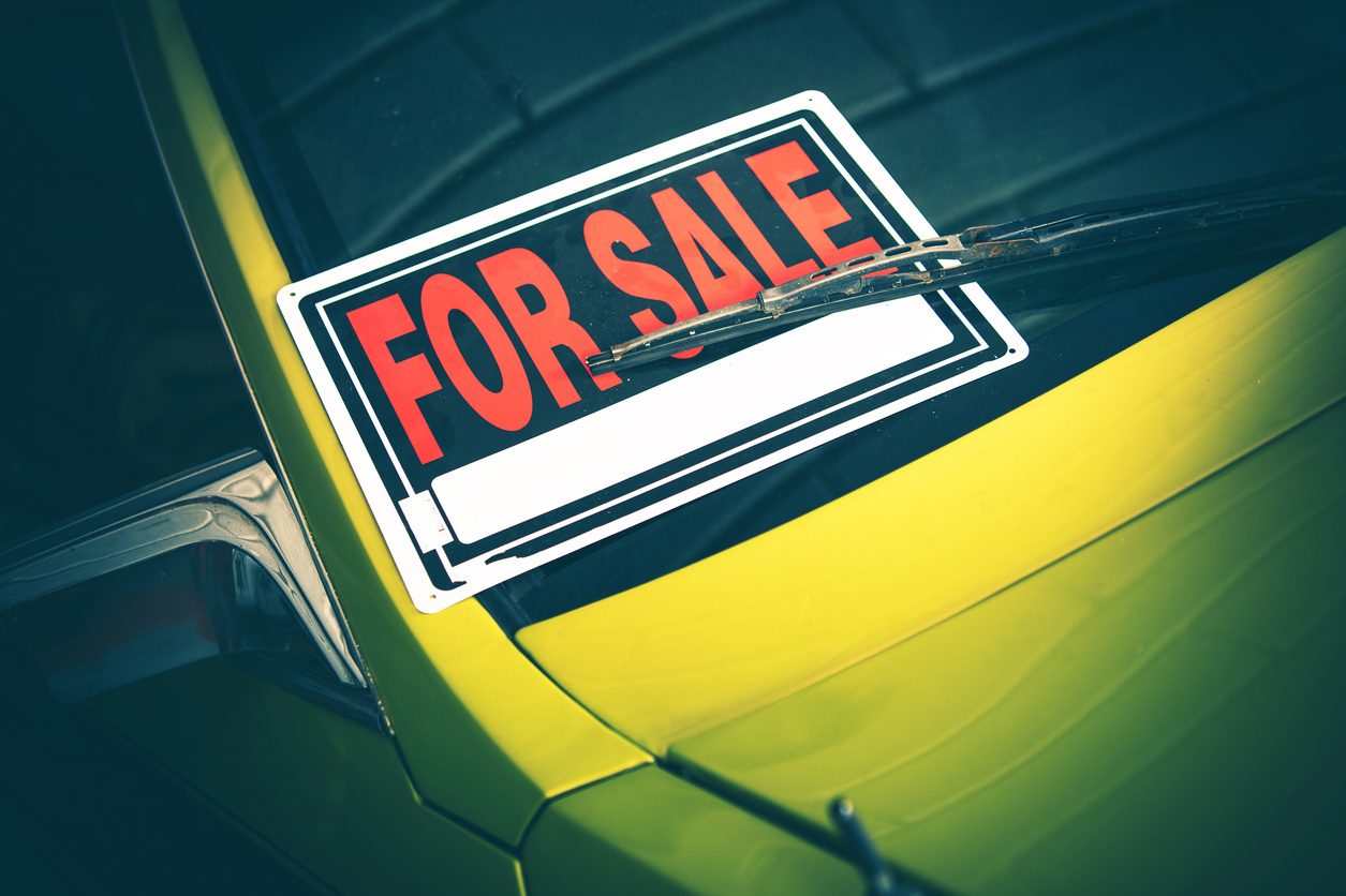 The Pros and Cons of Buying a Rental Car - CarGurus