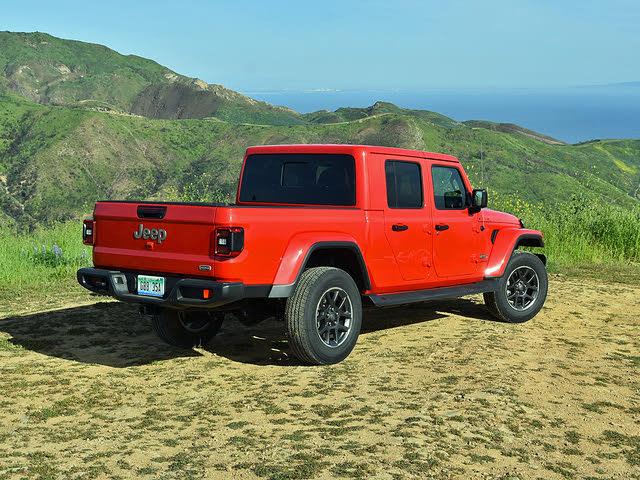 2020 Jeep Gladiator Overland Firecracker Red, gallery_worthy