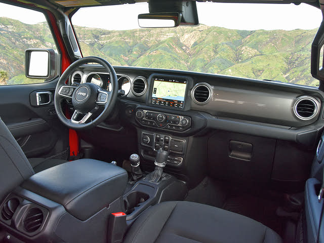 2020 Jeep Gladiator Overland Black Cloth Interior Dashboard, gallery_worthy