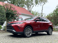 2021 Toyota Venza side front, gallery_worthy