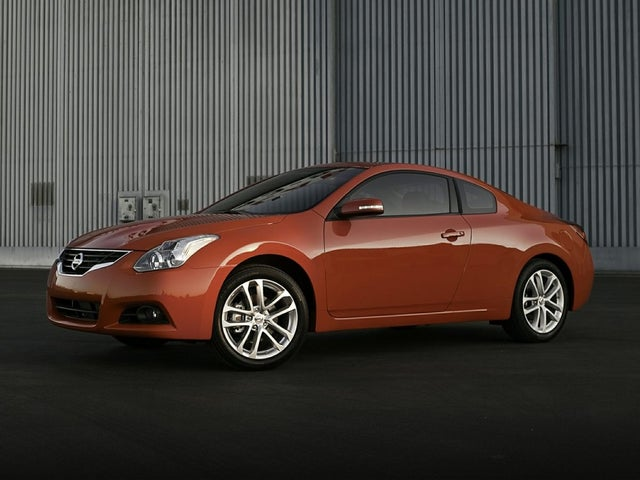 2011 Nissan Altima Coupe 2.5 S