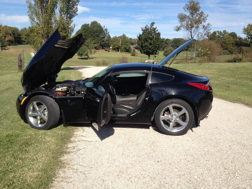looking for a coupe now part 2 page 39 pontiac solstice forum. Black Bedroom Furniture Sets. Home Design Ideas
