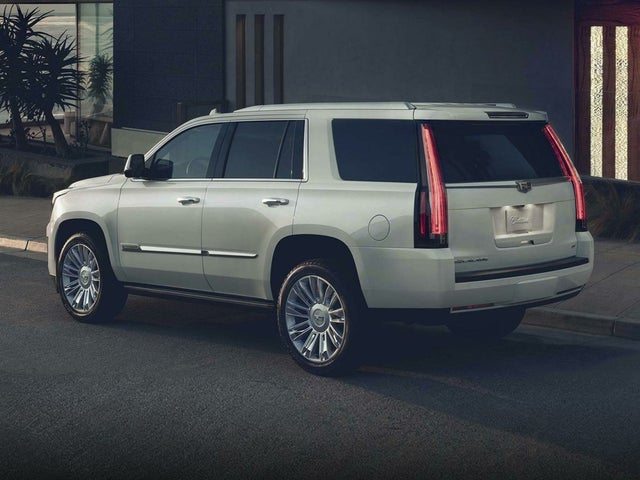 2020 Cadillac Escalade ESV Luxury RWD