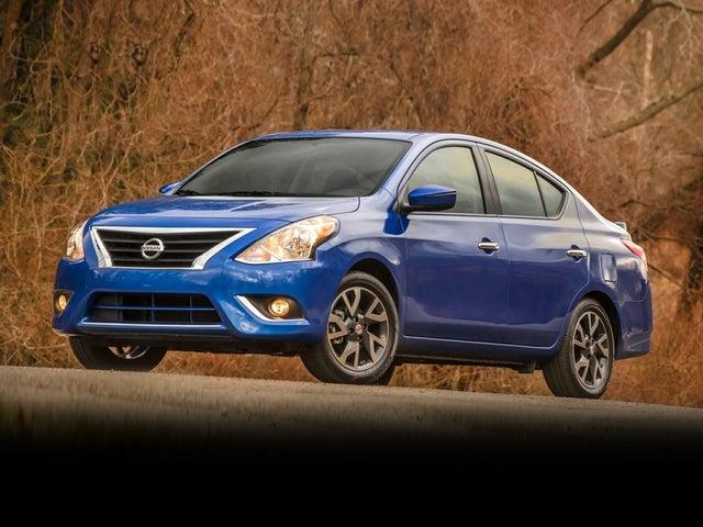 2019 Nissan Versa SV FWD
