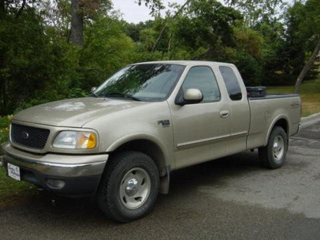 2000 Ford F-150 XLT 4WD Extended Cab SB