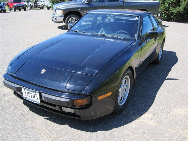 1985 Porsche 944 STD Hatchback