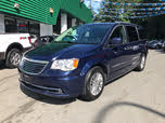 2016 Chrysler Town & Country Touring-L FWD