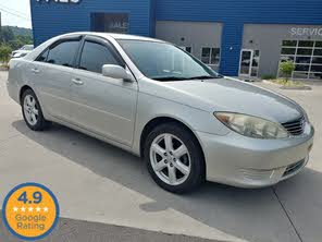 Used 2005 Toyota Camry LE For Sale in Indianapolis, IN