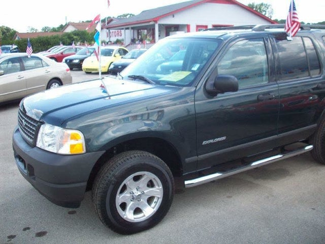 2004 Ford Explorer XLS V6