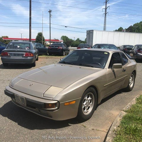 1986 Porsche 944 STD Hatchback