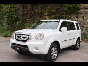 Used 2010 Honda Pilot Touring w/ Navi and DVD For Sale