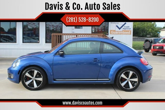 2012 Volkswagen Beetle Turbo with Sunroof, Sound, and Navigation