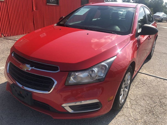 2015 Chevrolet Cruze LS Sedan FWD