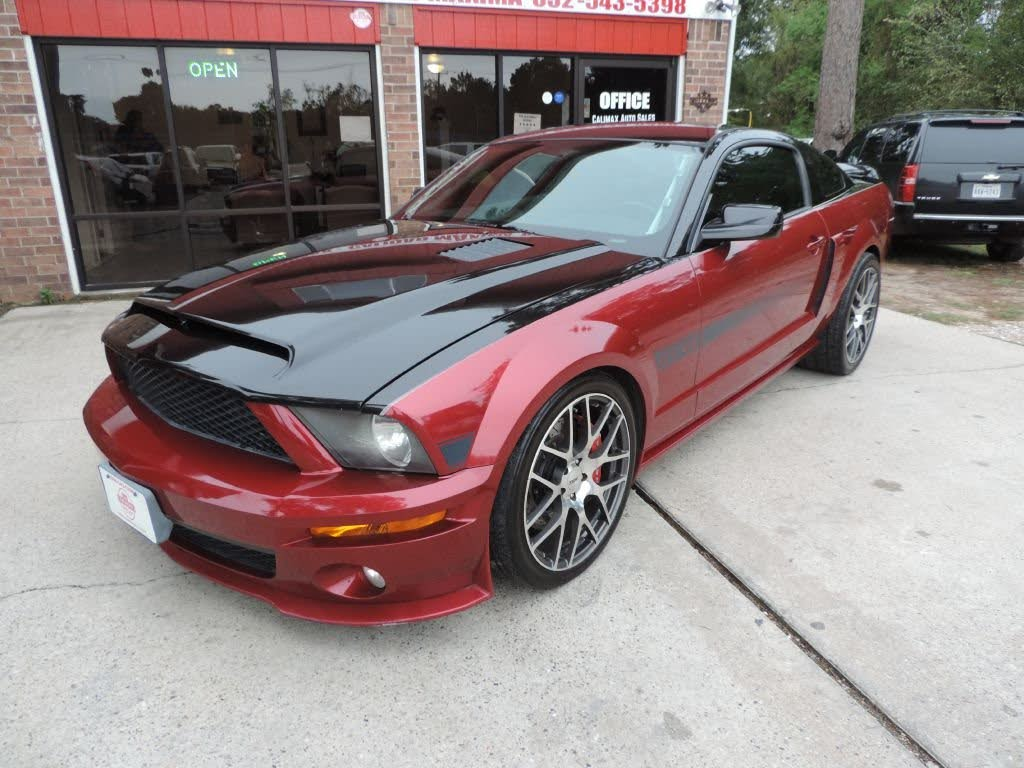 Ford Mustang none 2007