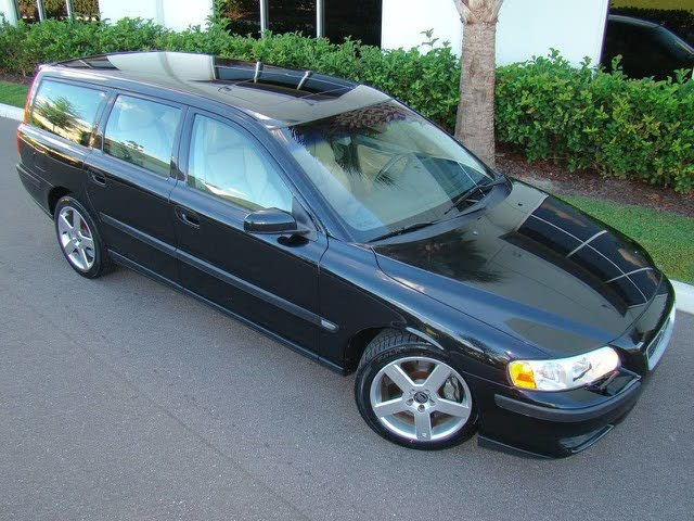 2004 Volvo V70 R Turbo Wagon AWD