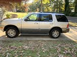 2005 Mercury Mountaineer Convenience RWD