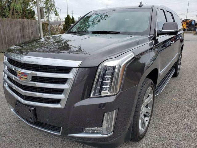 2018 Cadillac Escalade ESV Luxury RWD