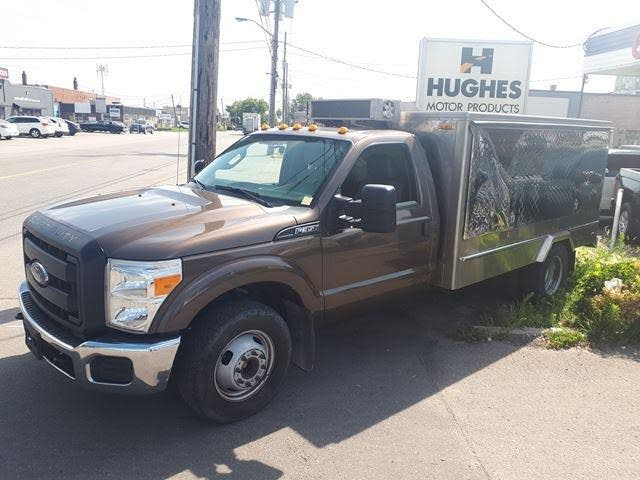 2015 Ford F-350 Super Duty King Ranch Crew Cab LB DRW 4WD
