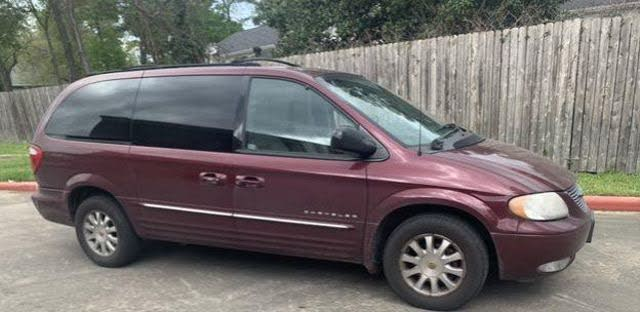 2001 Chrysler Town & Country LXi LWB FWD