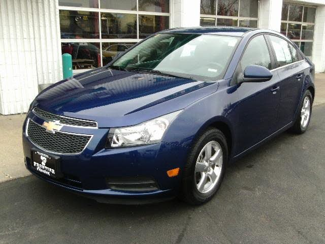 2013 Chevrolet Cruze LT Fleet Sedan FWD