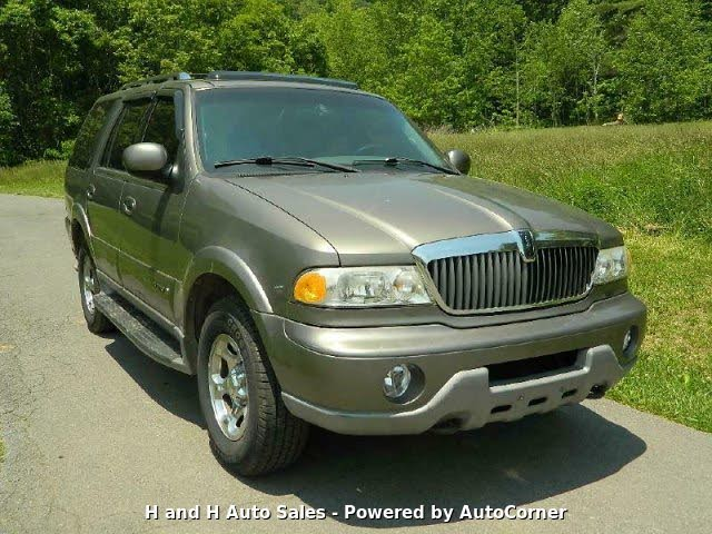 used 2002 lincoln navigator 4wd for sale with photos cargurus cargurus