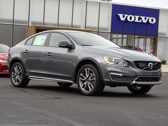2018 Volvo S60 Cross Country T5 Platinum