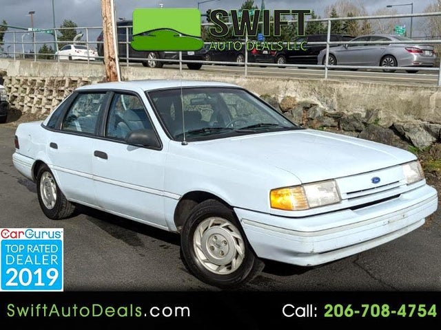 1993 Ford Tempo 4 Dr GL Sedan