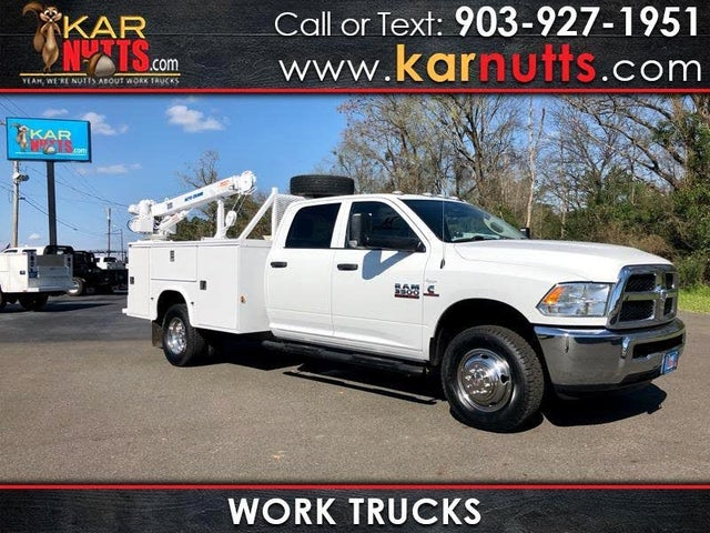 2017 RAM 3500 Chassis Tradesman Crew Cab 4WD