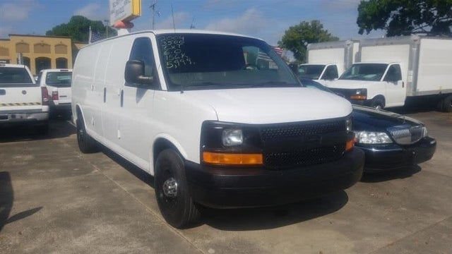 2004 Chevrolet Express Cargo 3500 Extended RWD