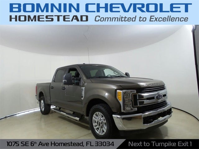 2017 Ford F-250 Super Duty XLT Crew Cab LB