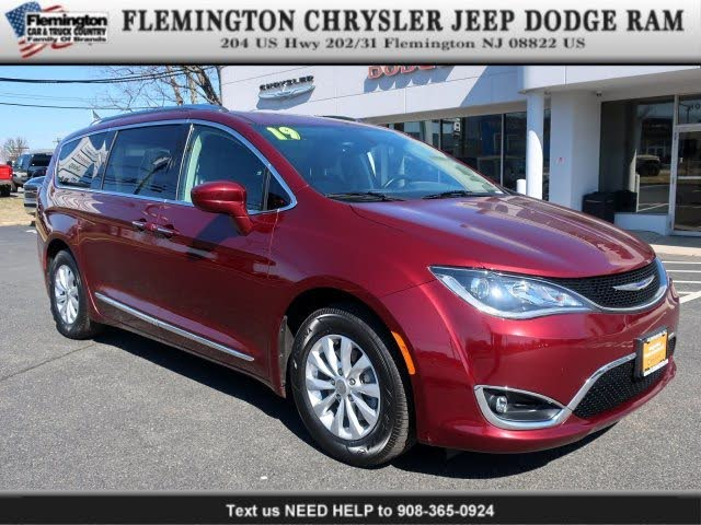 2019 Chrysler Pacifica Touring L FWD