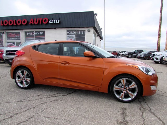 2012 Hyundai Veloster FWD with Technology Package