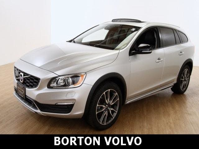 2017 Volvo V60 Cross Country T5 Platinum AWD